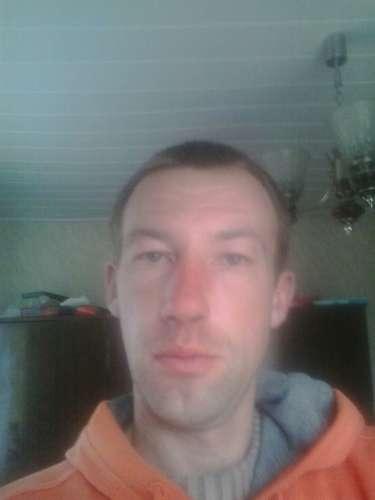 Pavel  (32 gadi)