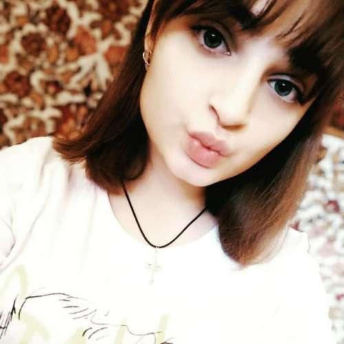 Олена  (18 лет)