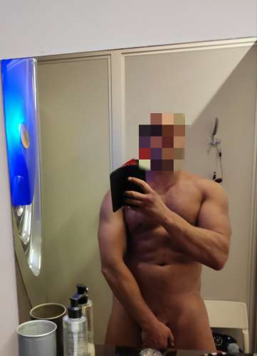 Alexandr (39 years) (Photo!) offering male escort (Ad #5370999)